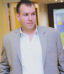 Coach Zoran AKANOVIC